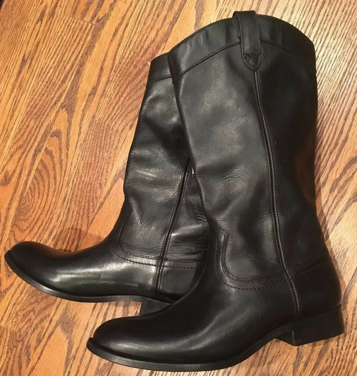 Frye Women's Black Leather Boots Size 8B New