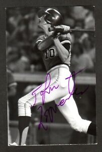 Johnnie LeMaster GIANTS SIGNED 3-1/2 x 5-3/8 AUTOGRAPH REAL PHOTO POSTCARD COA 1