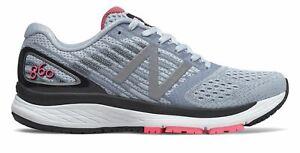 New Balance 女式 860v9 鞋藍色與粉紅色