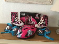 f9724feb4f item 1 MONSTER HIGH ROLLER SKATES BOOTS SIZE UK 2 EURO 34 PERFECT CONDITION  -MONSTER HIGH ROLLER SKATES BOOTS SIZE UK 2 EURO 34 PERFECT CONDITION