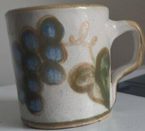 John-B-Taylor-Ceramic-Vintage-BLUE-Grape-Stoneware-Louisville-Coffee-Mug
