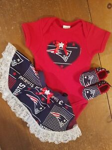 info for a2197 71bc7 Details about New England Patriots Baby Girl Tailgating 3 Piece Outfit 3 to  6 Months Patriots