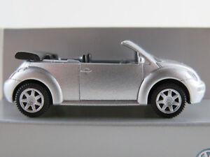 Wiking-VW-1Y0-099-301-A7W-VW-New-Beetle-Cabrio-2003-in-silber-1-87-H0-NEU-OVP