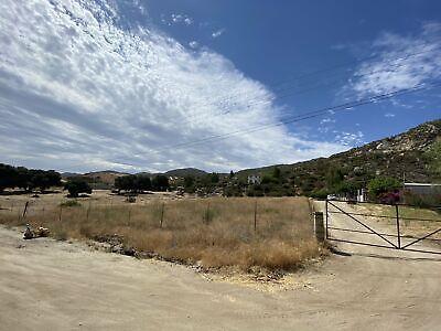 Terreno de 3884 mt listo para bodega en Tecate con servicios