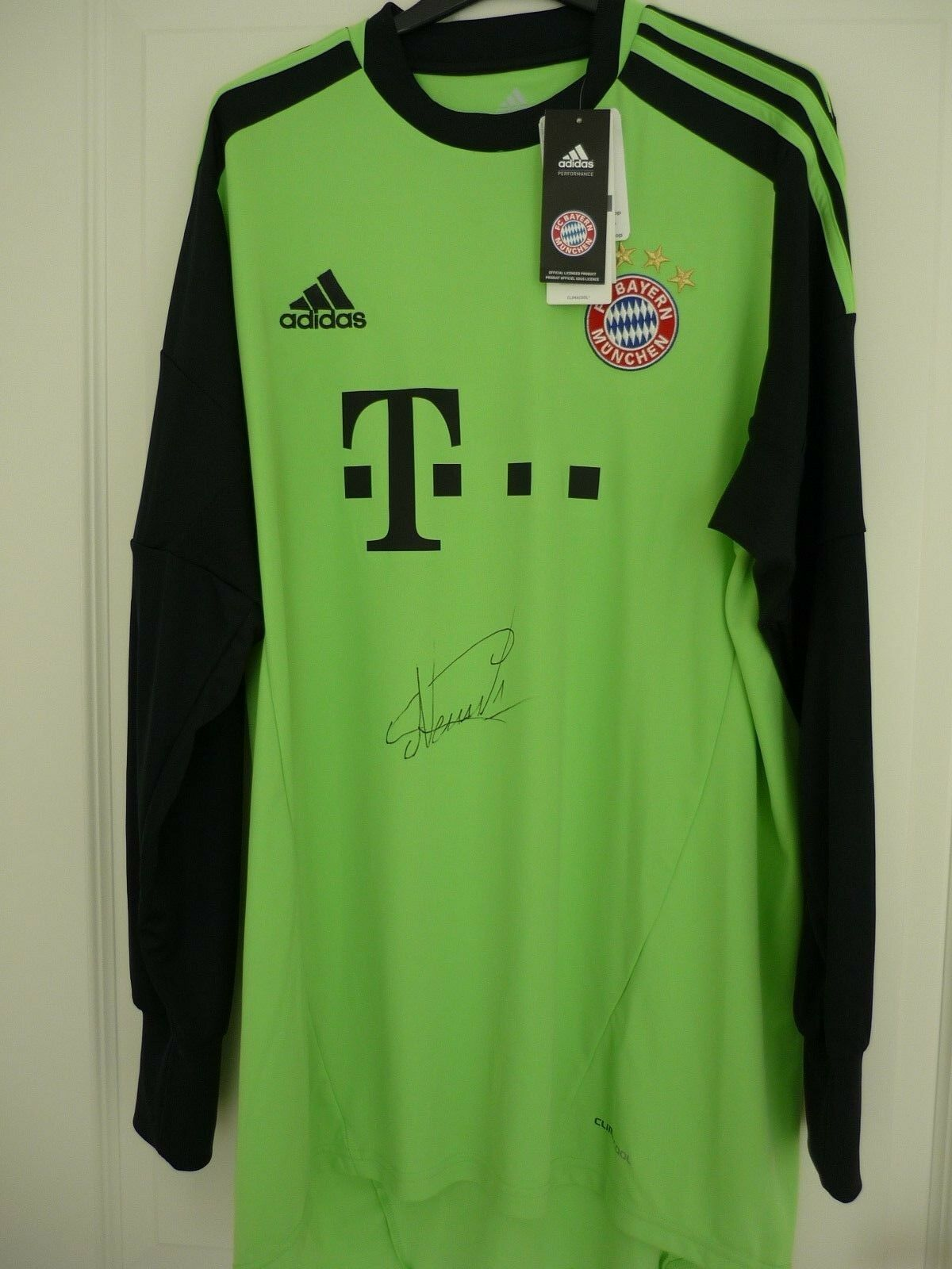 Manuel Neuer Handsigniert FC Bayern Trikot NEU mit Etikett DFB