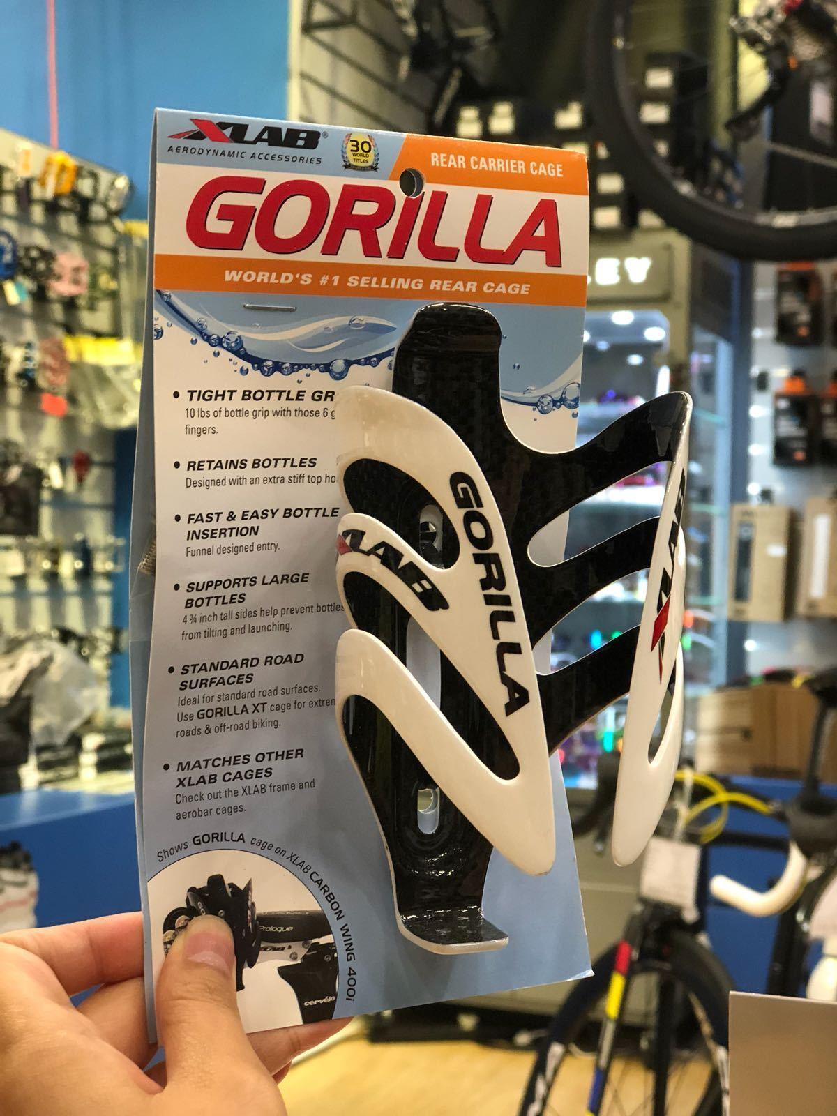 XLab Gorilla Bottle Cage Carbon bianca  1639