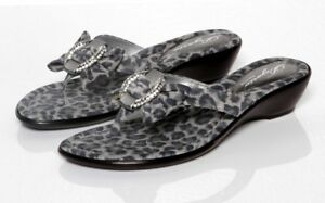 BRAND-NEW-WOMENS-DEZARIO-GREY-LEOPARD-CRUZ-THONG-SANDALS-FLIP-FLOPS