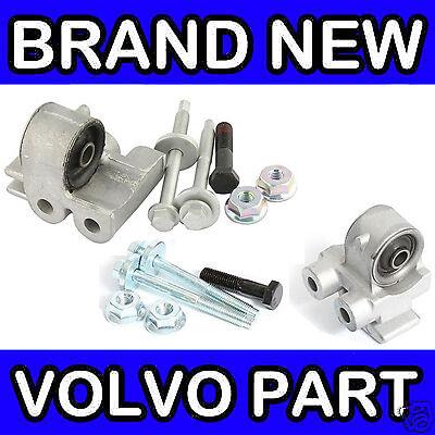 Both Sides // Left /& Right Volvo 850 Series Rear Inner Axle Bush Kit