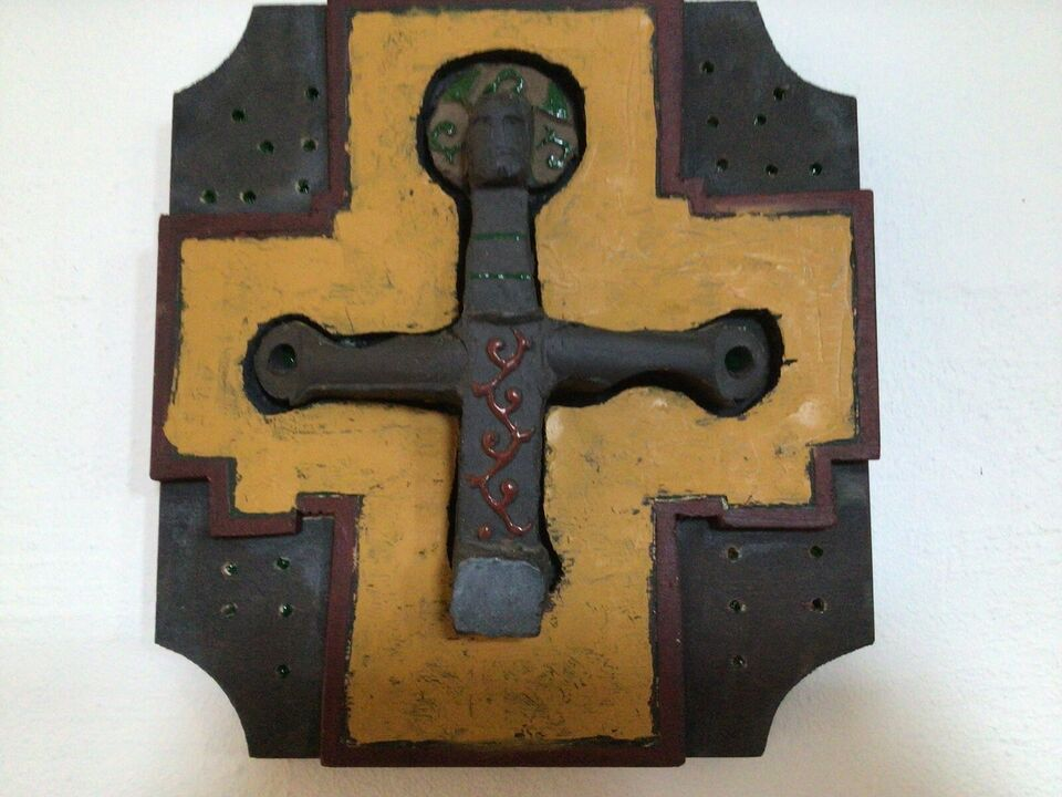 Krucifix, Niels Helledie, motiv: Krucifix