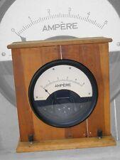 altes analoges Messgerät Multimeter Voltmeter Ampermeter