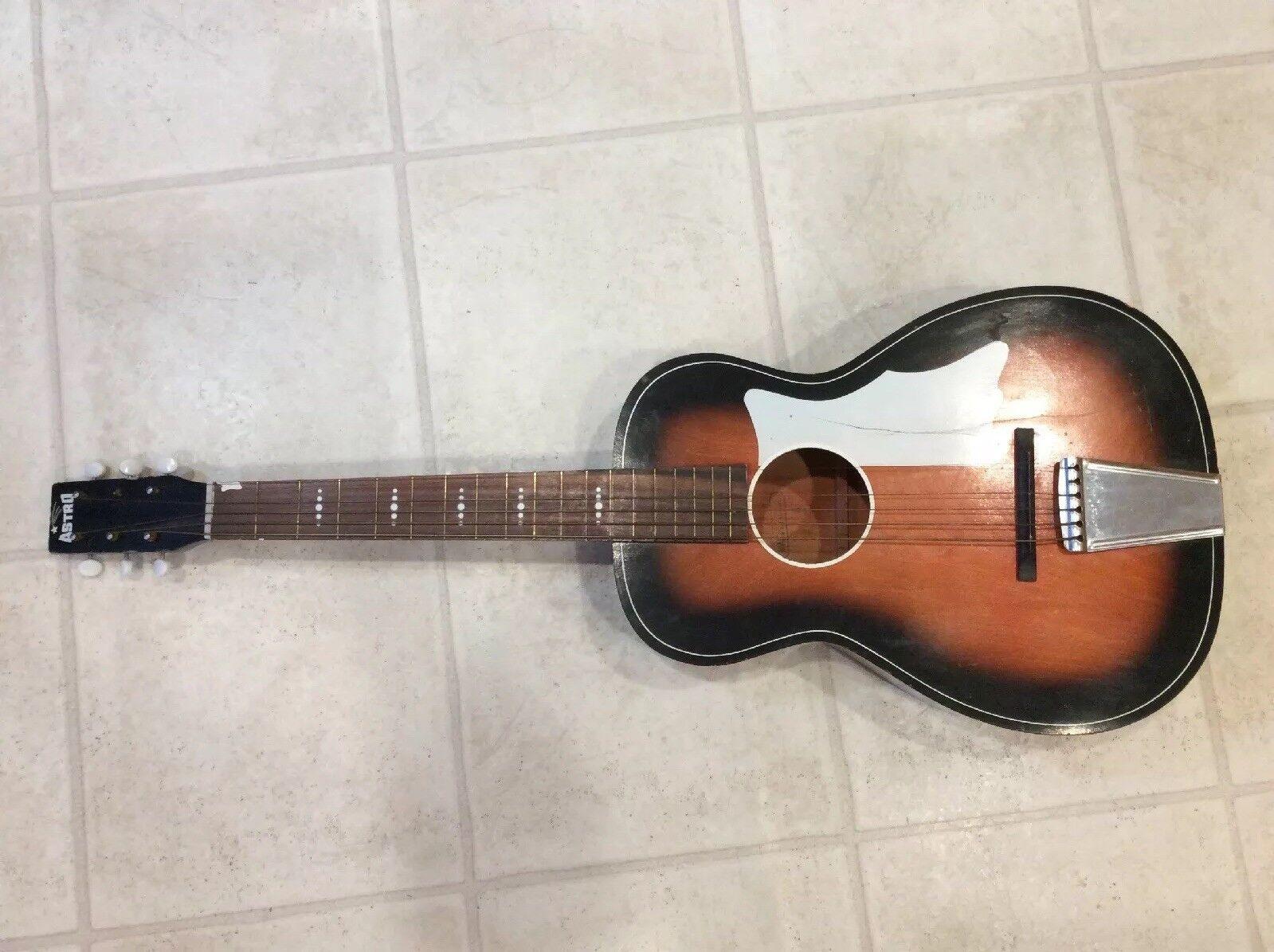 Vintage Astro Sunburst Guitar Made by Harmony   USA