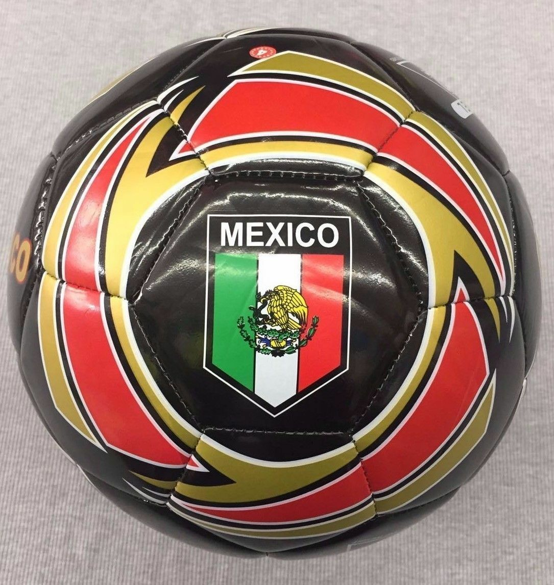 Lot Of 50 Mexico GR Soccer Balls Größe Größe Balls 5 Good For Charity Christmas Special Deal 9a5a0f