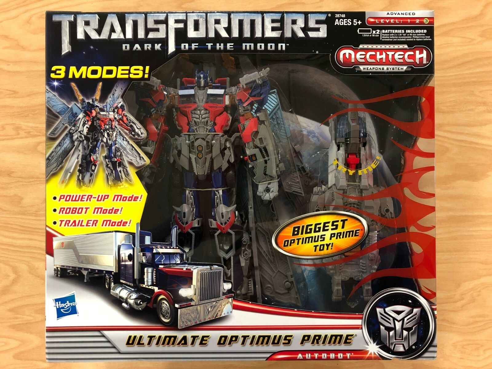 Hasbro Transformers Dark of of of the Moon Mechtech Ultimate Optimus Prime NEW MISB ed8916