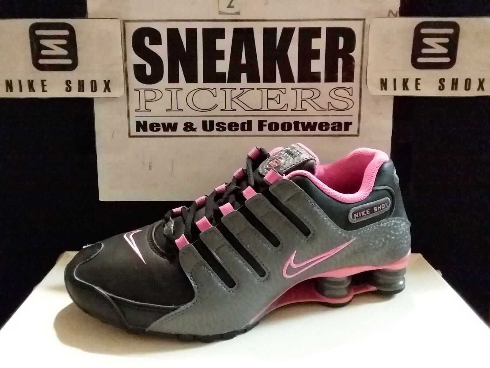 Nike Womens Shox NZ - 636088 026 - Black / Dark Grey - Pink Blast - Size:  7.5