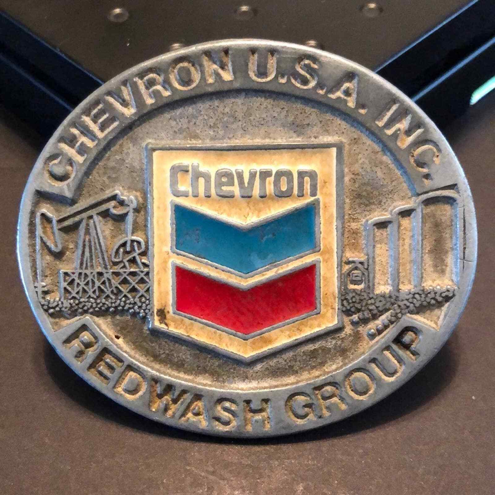 Rare Vintage VTG Chevron USA Oil Redwash Group Belt Buckle