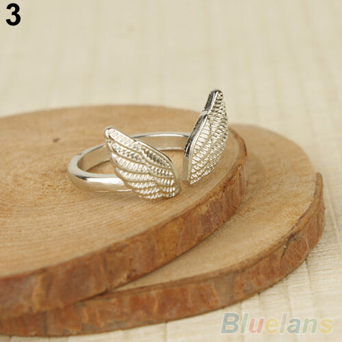 Ladies Vogue Flyling Angel Wings Style Cuff Band Ring Adjustable Opening Ring