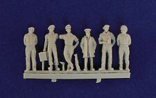 Milicast 1/76 British AFV Crew in Casual Poses FIG004