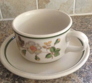 MARKS-amp-SPENCER-AUTUMN-LEAVES-BREAKFAST-CUP-AND-SAUCER