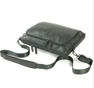 Tucano-One-Premium-Sleeve-Schutz-Hulle-Case-Cover-Macbook-Air-amp-Pro-13-034-Leder