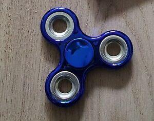 Fidget-Spinner-Chrome-Edition-Blau-Hand-Finger-Kreisel-Anti-Stress-Spielzeug