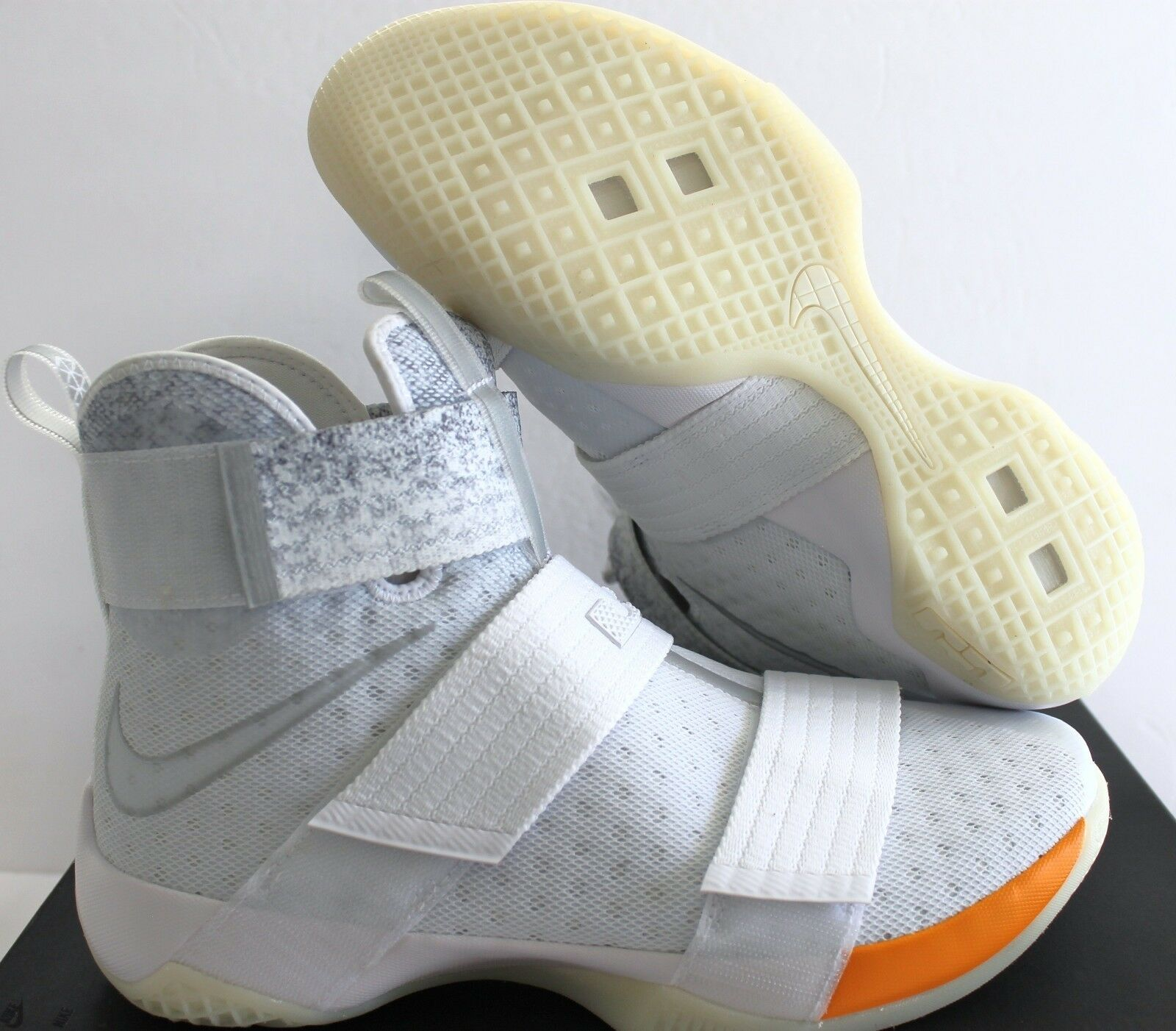 Nike Lebron Soldier 10 ID  JOHN ELLIOTT  Weiß-TOTAL Orange SZ 10.5