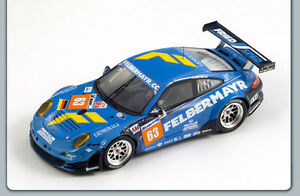 Spark-S3421-Porsche-911-GT3-RSR-63-Reid-2011-Le-Mans-Felbermayr-Resin-1-43