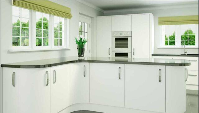 MAK Urbani Matt White Slab Handless Kitchen