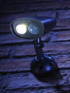 Auraglow Lampe Securite D Exterieur Sans Fil Avec Detecteur De