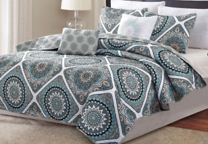 NEW Hotel New York Reversible King Quilt Set Sophia 5 Piece Set