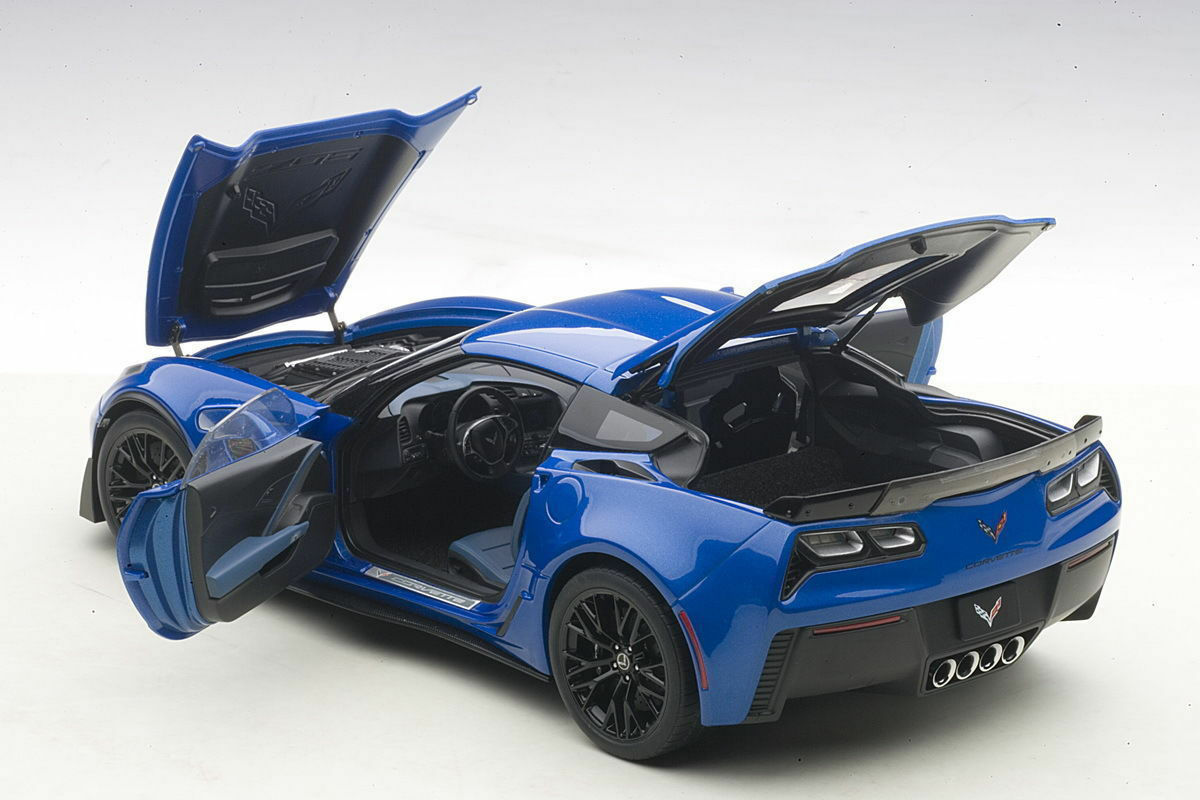 AUTOART CHEVROLET CORVETTE C7 Z06 Laguna azul Composite Model 1 18New Item