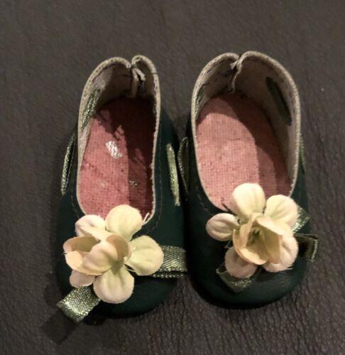 Bambole scarpa verde scuro 7x3,5 cm