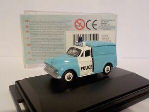 Morris Minor Van, Police, Model Car, Oxford Diecast 1/76 New 76p008