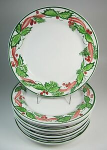 Eight Italian Ceramic Hand-Painted Holly Christmas Dinner Plates New with Tags