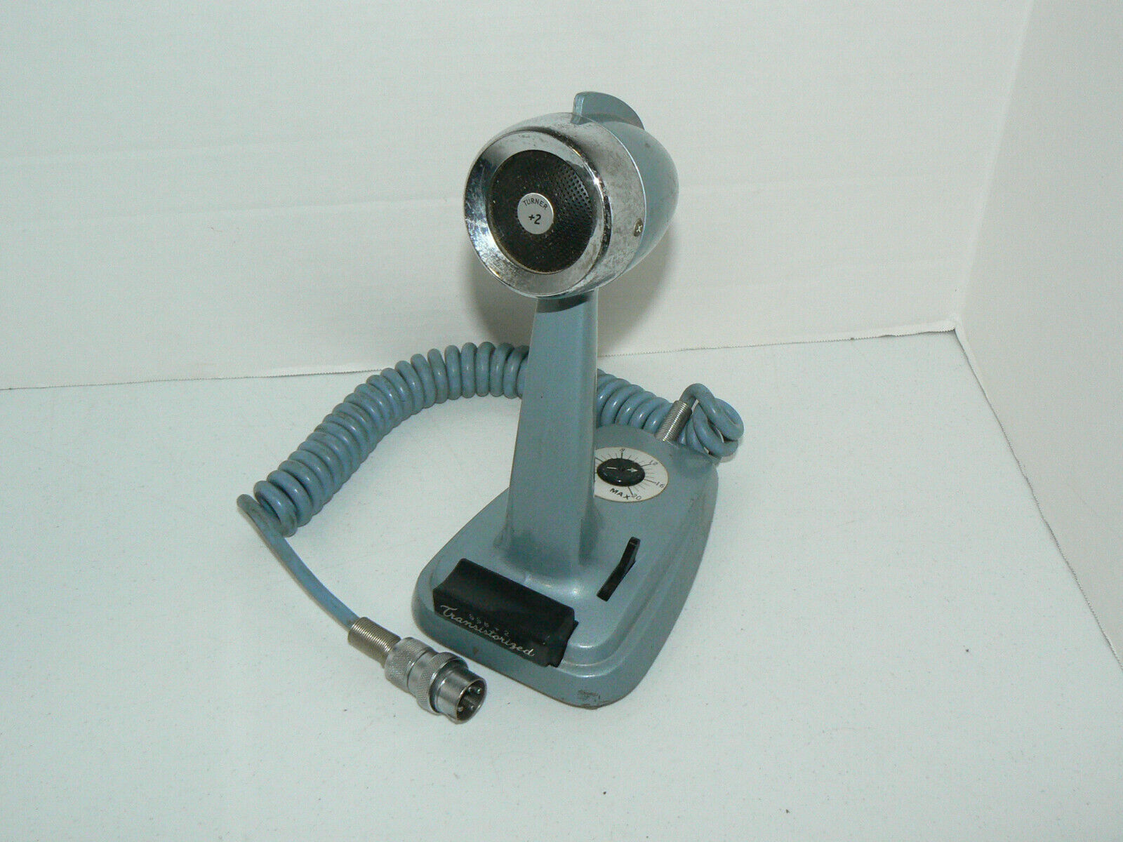 Turner Transistorized SSB +2 Microphone Blue 4 Pin Desk Top Untested. Available Now for 72.50