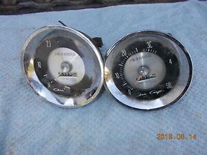 vintage-chriscraft-tachometers