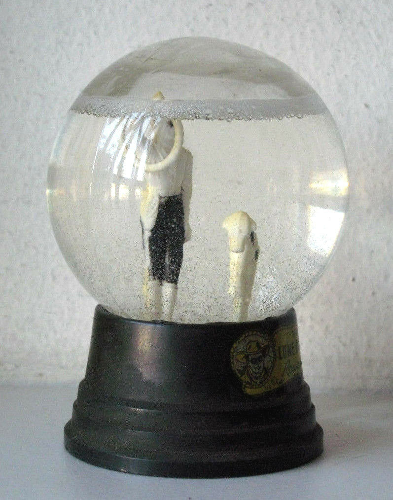 Vintage The Lone Ranger Round Up Collectible Snow Globe  Water Dome  95