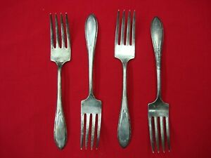WM-ROGERS-MFG-CO-034-PICKWICK-034-1938-4-SILVER-PLATE-SALAD-FORKS-6-1-8-034-NICE