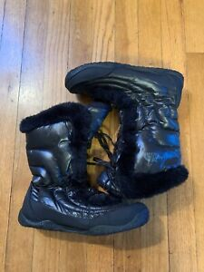 The North Face Nupste Black Goose Down Winter Snow Boots Black Womens Sz 7.5
