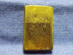 VINTAGE ZIPPO H VIII LIGHTER BRONZE COLOR ENGRAVED WORKING CONDITION