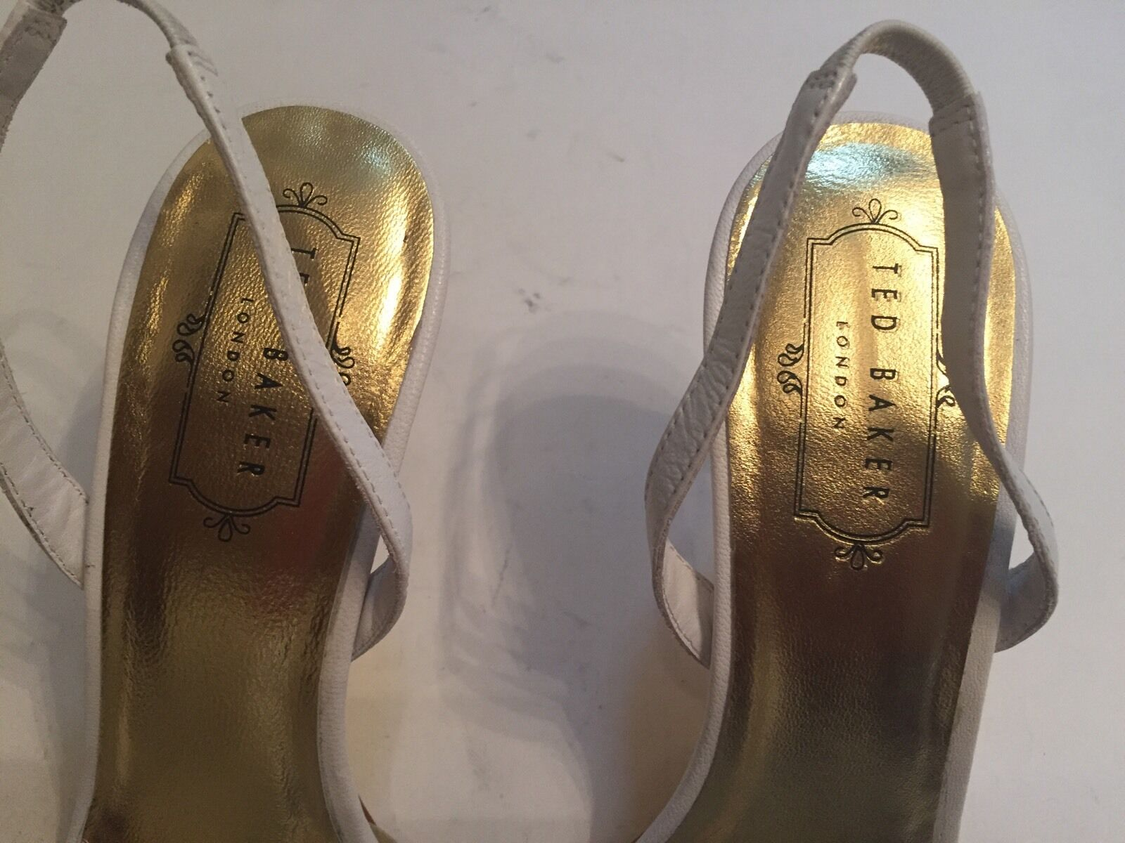 Ted Baker women's women's women's Slingbacks Leather Yellow White gold Heels Caareen 38.5 US 7.5 7f86c3