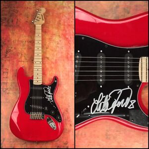 GFA-The-Runaways-Sexy-LITA-FORD-Signed-Electric-Guitar-PROOF-L4-COA
