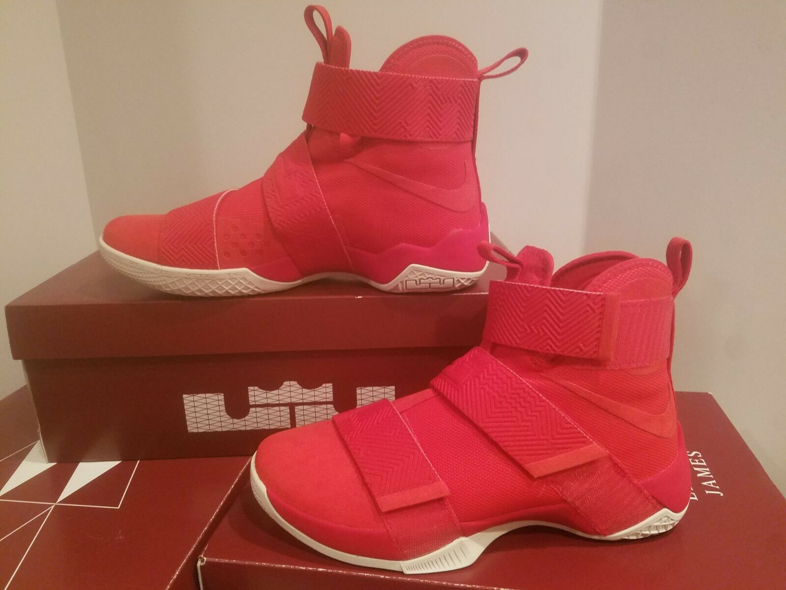 Nike Lebron Soldier Men's SFG LUX  University Red 911306-600 Multi Comfortable