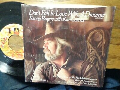 """KENNY ROGERS WITH KIM CARNES """"DON'T FALL IN LOVE WITH A ..."""