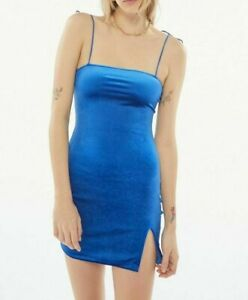 MOTEL-ROCKS-Blue-Velvet-Verso-Dress-mr106