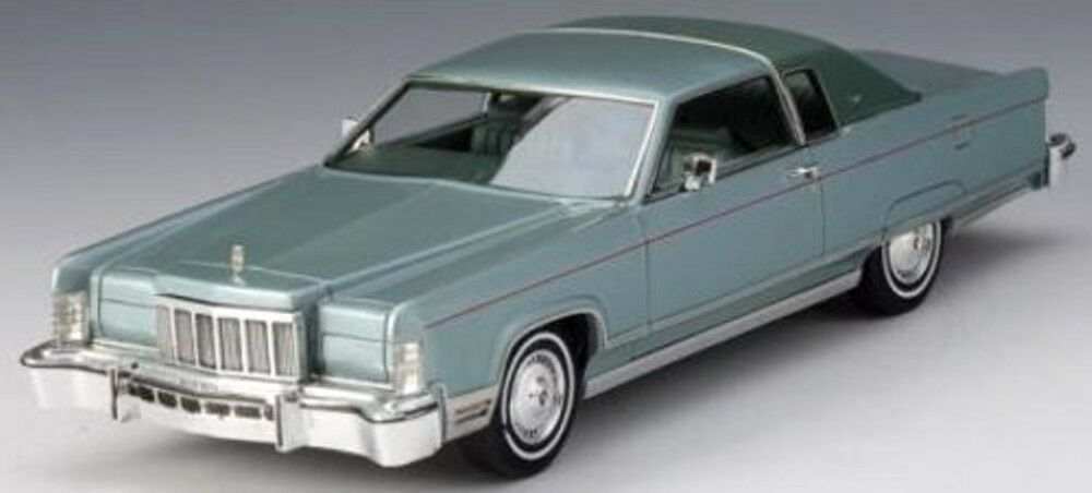 LINCOLN TOWN COUPE verde METALLIC 1976 GLM 101602 1/43 GRUN VERT USA CAR RESIN