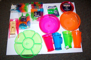 Image is loading NEON-PLASTIC-PARTY-TABLE-WEAR-PLATES-BOWLS-PITCHERS- : plastic wear plates - Pezcame.Com