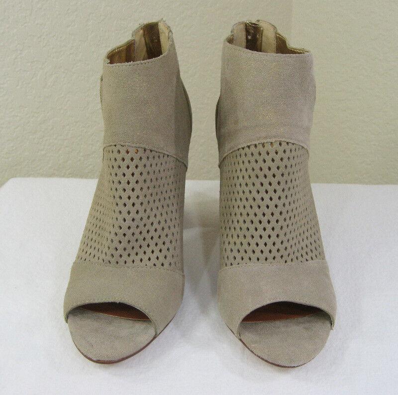 NEW DV by Dolce Vita Marana NUDE/Metallic gold Suede Ankle Boot Bootie Größe 9.5