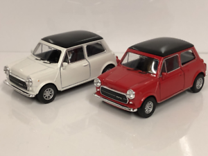 Mini-Cooper-1300-Cream-and-Red-1-32-Scale-Pull-Back-Go-Welly-49720
