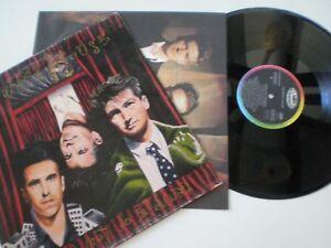 CROWDED-HOUSE-Temple-Of-Low-Men-ORIG-SPAIN-LP-1988-w-INNER-SLEEVE