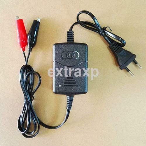 Motorcycle Sealed Lead Acid Rechargeable Battery Charger 12V EU Plug For Car